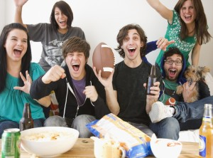 When it comes to hosting a Super Bowl party, it would be wise to keep portions small and offer lower-fat or lower-calorie options for those guests struggling to maintain their weight. (Photo courtesy Google Images)