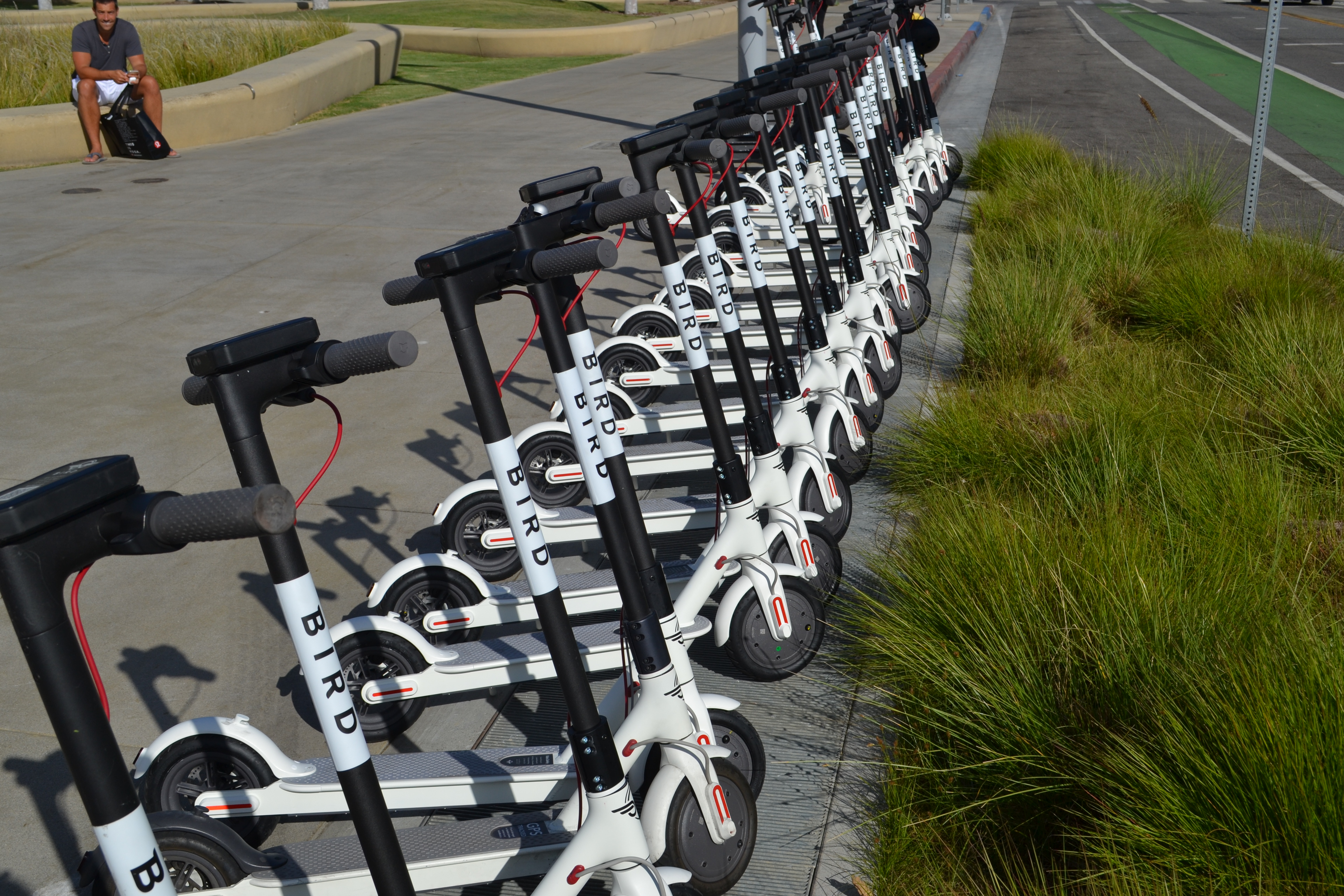 Uber To Shift Gears….Focus More On Bikes And Electric Scooters